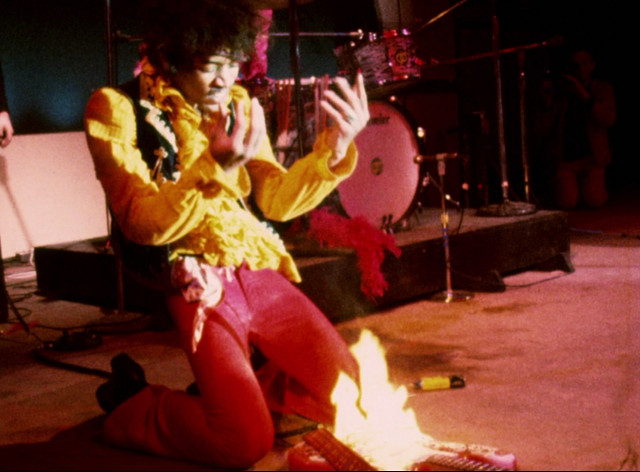 guitar on fire jimi hendrix