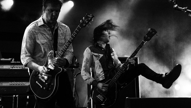 Qotsa Archive - Queens of the Stone Age - Live From The ...