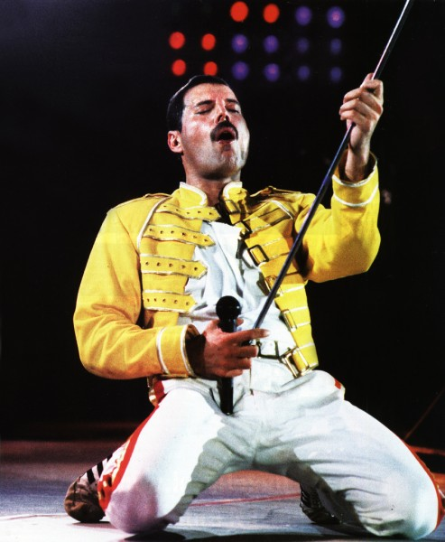 freddie mercury performing live classic picture wembley stadium