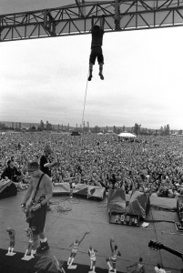 eddie vedder in the air live