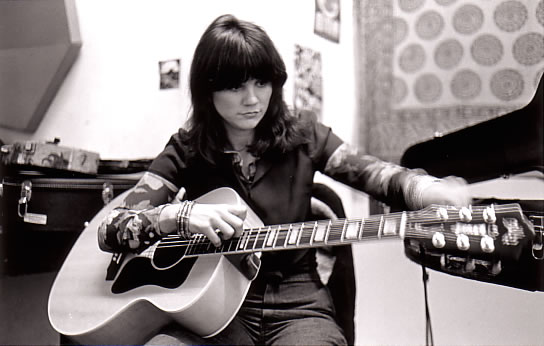 linda ronstadt inducted in 2014 rock and rol hall of fame