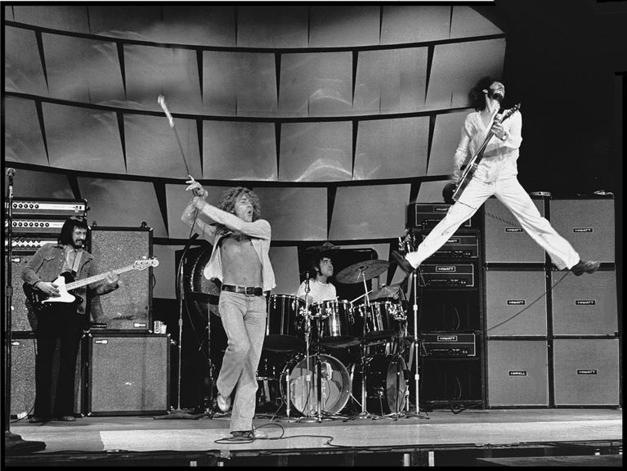 The who live awesome pete jump