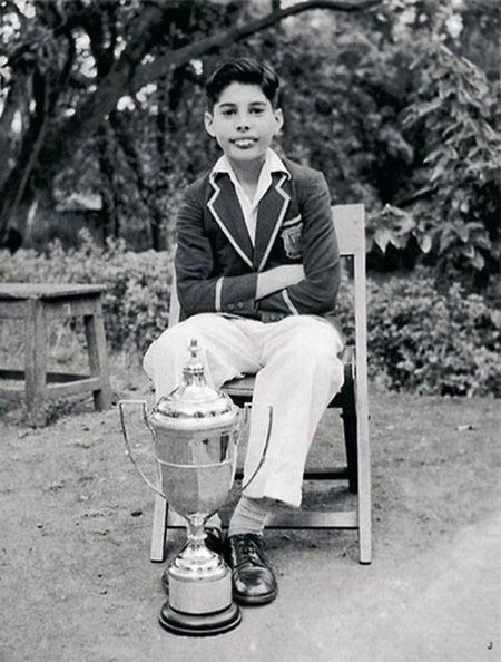 young freddie mercury from queen rock band