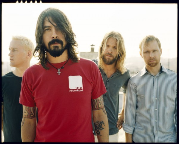 Foo Fighters Wallpaper abbey road t shirt dave grohl