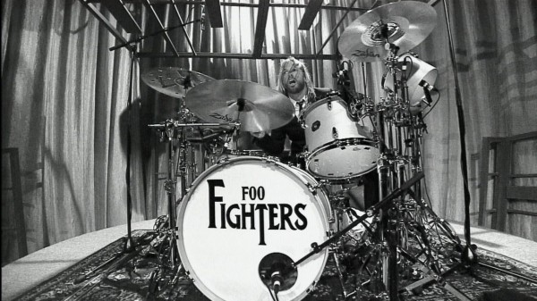 foo fighters Taylor Hawkins drummer kit