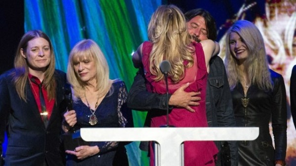 Courtney Love hugs Dave Grohl Rock and Roll Hall of Fame induction ceremony