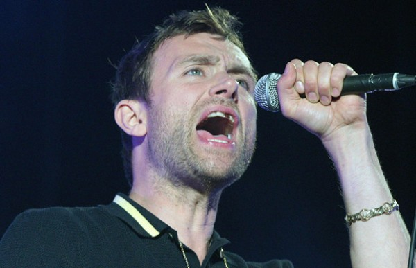 Damon Albarn teeth