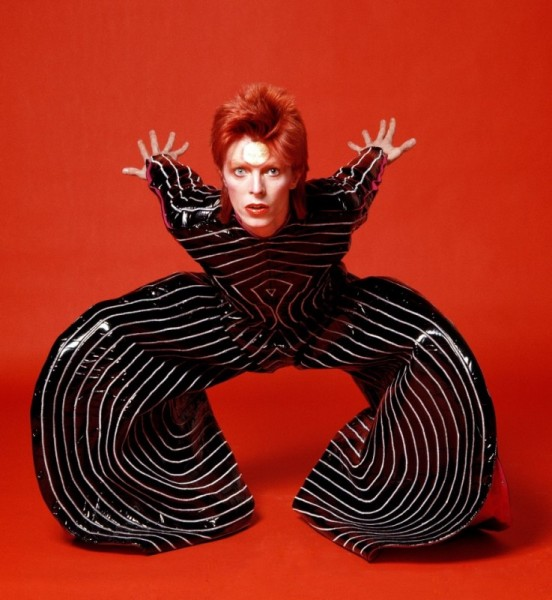 David Bowie costume wallpaper