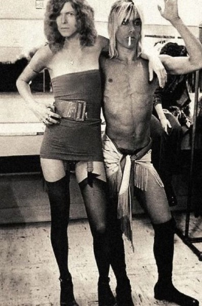 crazy photo of bowie and iggy