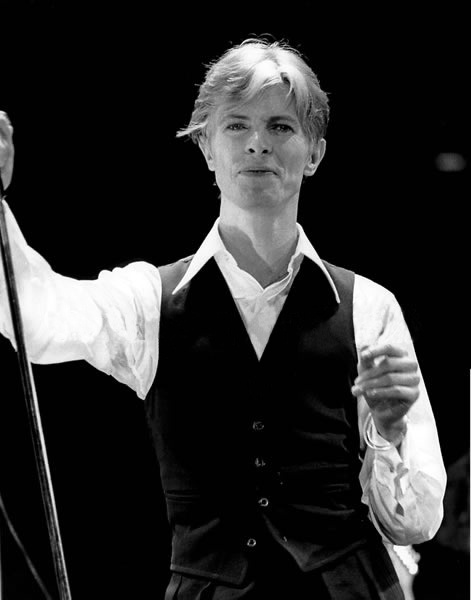 david bowie as the thin white duke wallpaper