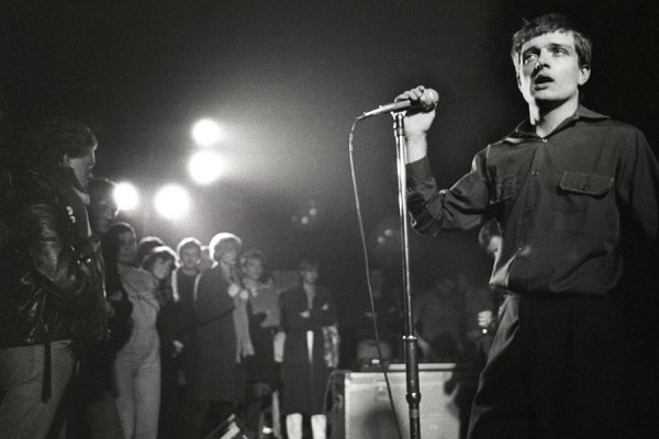 ian curtis on stage picture 3